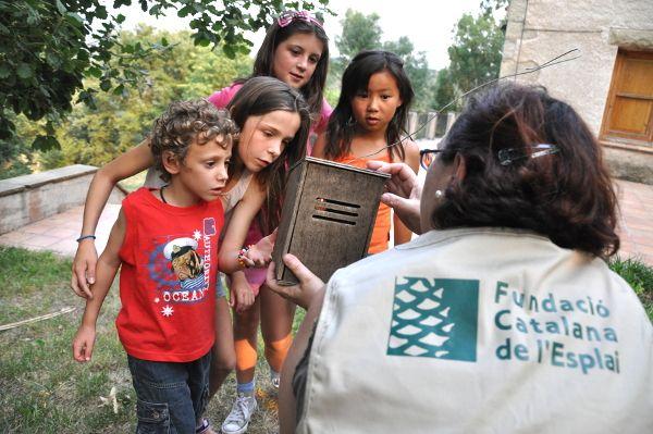Les colònies escolars i el seu valor educatiu: entrevistem als protagonistes