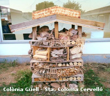 hotel_insectes_escola-colonia-guell