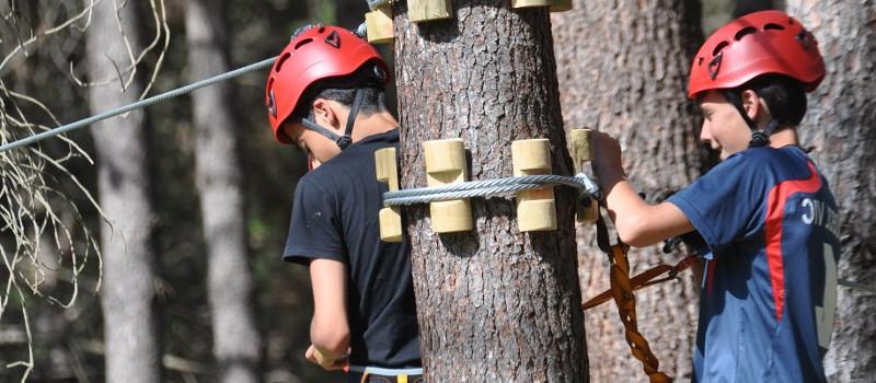 activitats d'aventura a les colònies escolars